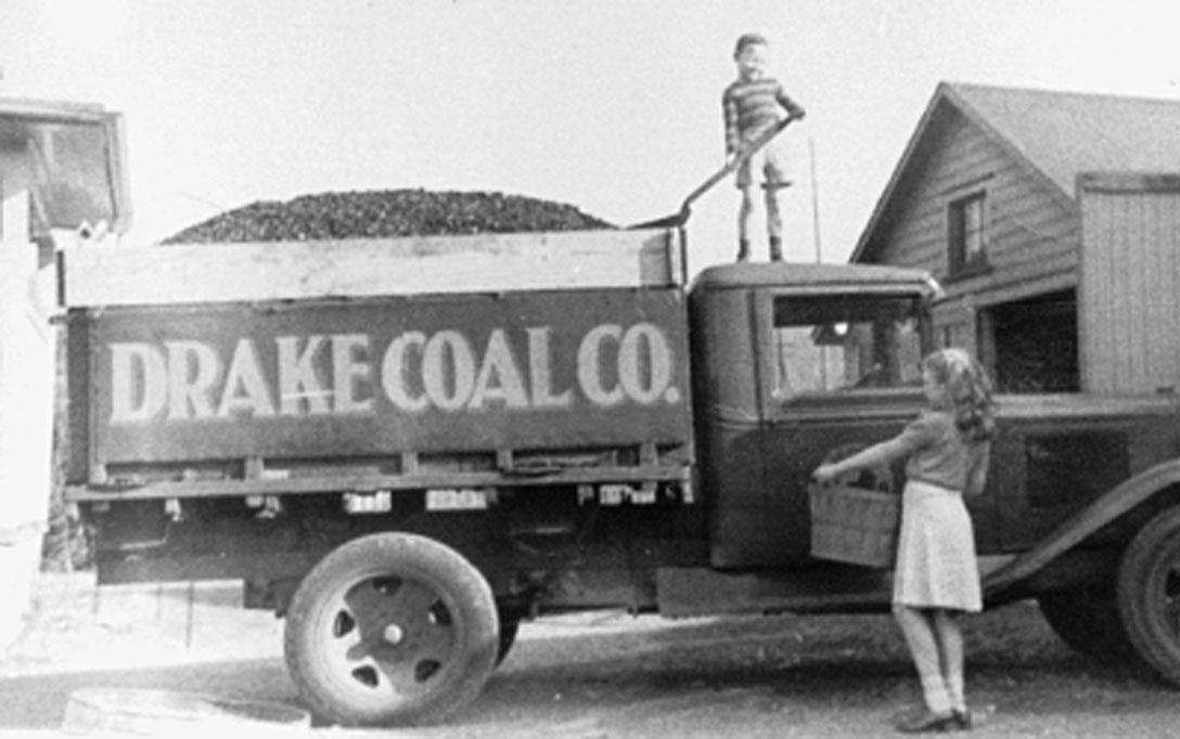 TruckPhotos-CoalTruckKids